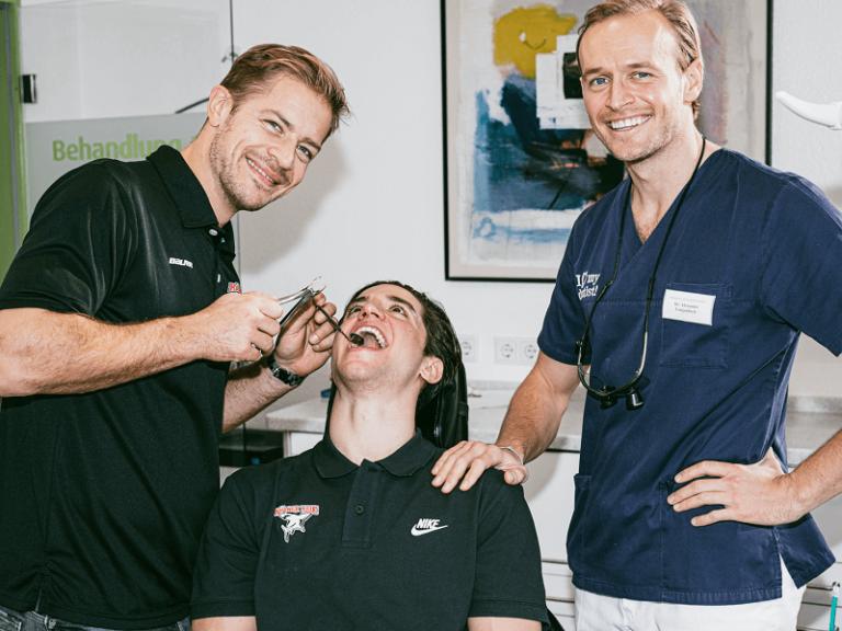 Zahnarztpraxis Dr. Langenbach Koeln 73 Zahnarzt Köln