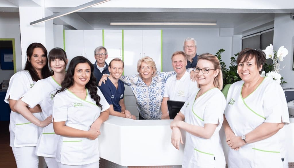 Zahnarztpraxis Team Dr. Langenbach Köln